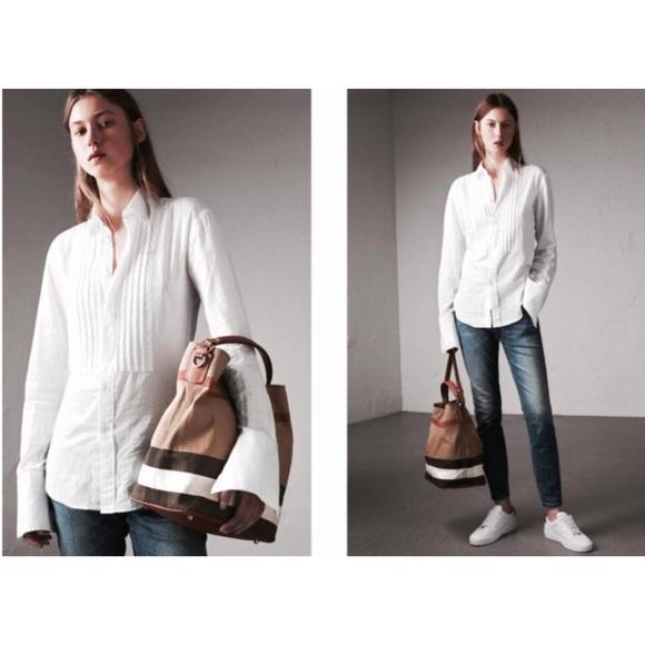898b31f043b Burberry Handbags - Burberry Ashby Canvas Check and leather
